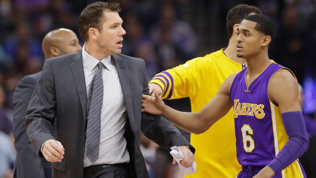Lakers Head Coach Walton Blows Up at Refs, Ejected Against Kings