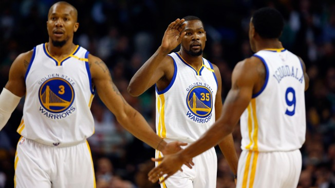 These 7 Teams Are Trying To Pry Andre Iguodala From Golden State