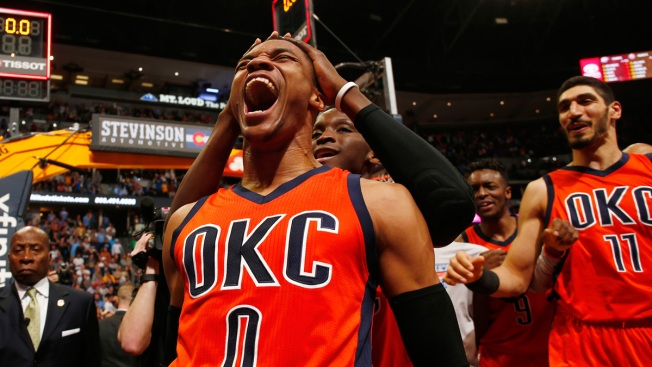 NBA Roundup: Westbrook sets triple-double record, Thunder beat Nuggets