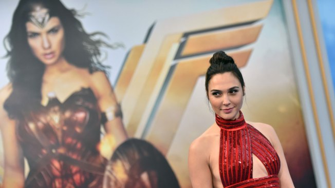 Lebanon officially bans Wonder Woman movie