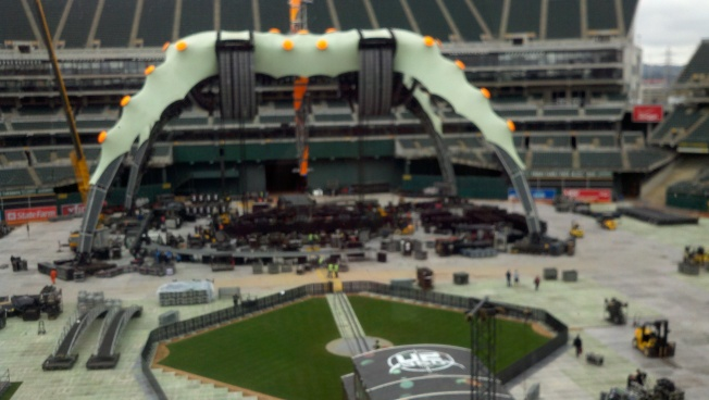 Stage Pics & Free Tickets to U2's Oakland Show