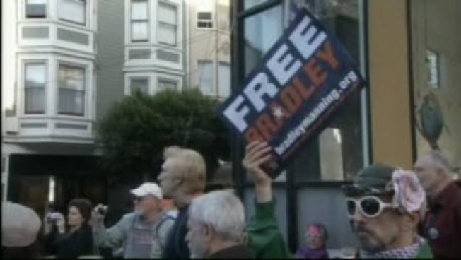 SF Pride Officials: No Honors For Bradley Manning