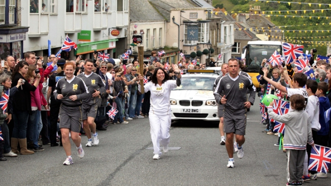 Torch Relay Begins for London Olympics