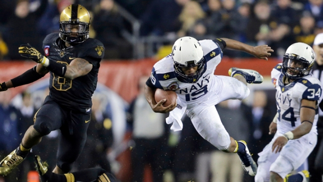 Navy Tops Army 17-13, 11th Straight Win in Series