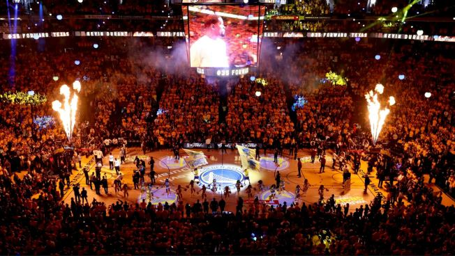 'The Finale': Warriors Celebrate 47 Seasons at Oracle Arena