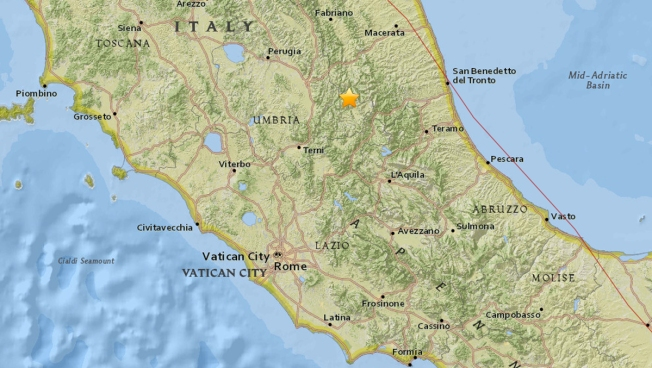 2 Quakes Rattle Italy, Crumbling Buildings and Sparking Panic