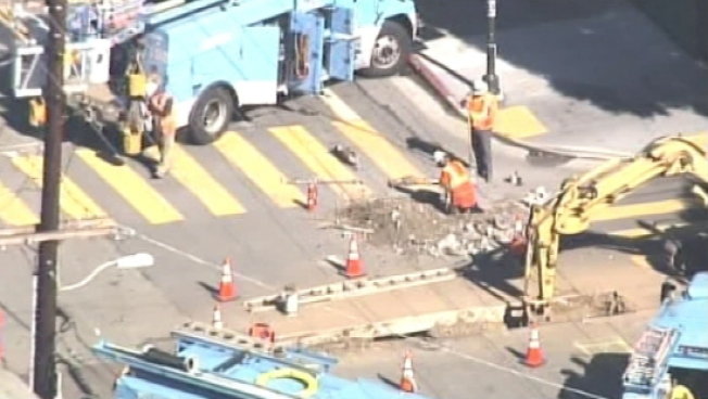 Gas Leak Shuts Down Busy SF Street