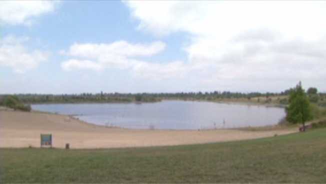 Quarry Lakes Park in Fremont Closed for Swimming Because of Algae