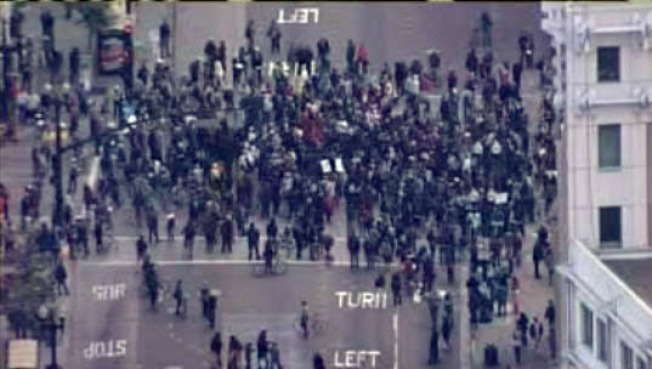 """Viral"" Photo of Trayvon Martin Protests in SF is Fake"