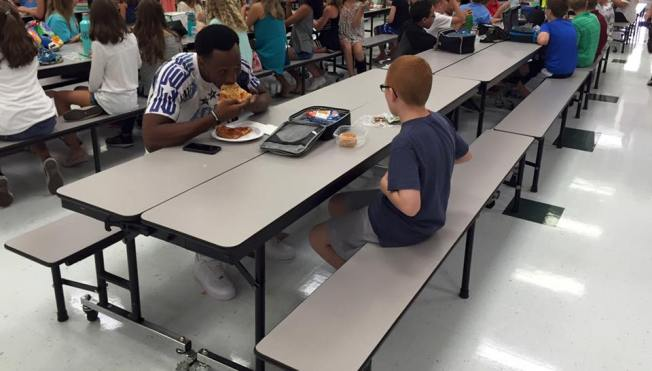 Mom Praises FSU Player Who Joined Kid Sitting Alone at Lunch