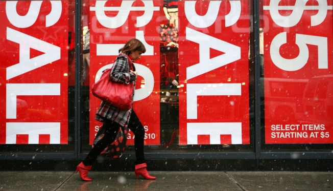 Retailers Pull Out All the Stops for Final Sales Push