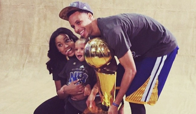 ayesha  steph curry share first photo of baby girl ryan