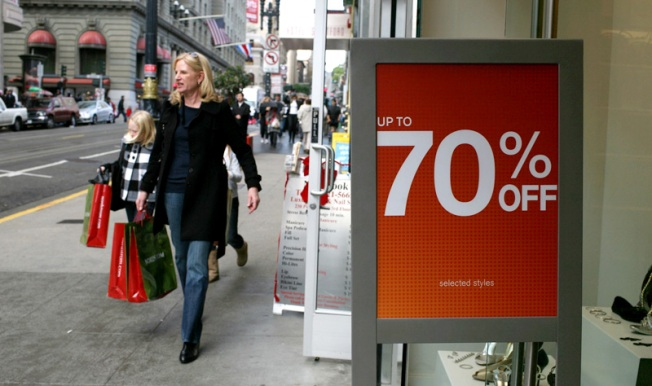 Retailers Roll Out the Deals for Post-Christmas Shopping