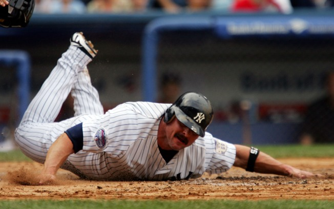 It's Official: Giambi is Back With A's
