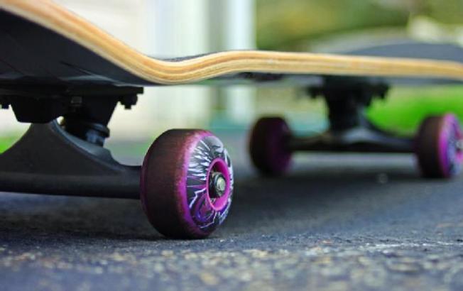 Man on Motorized Skateboard Collapses, Dies in SoMa