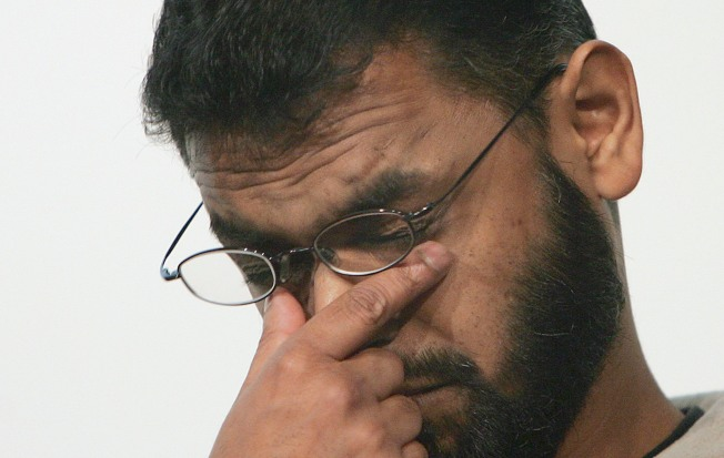Report: U.K. Will Pay Millions to ex-Gitmo Detainees