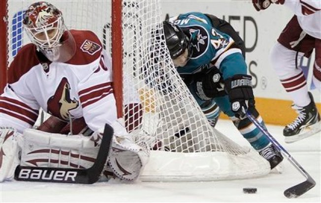Sharks Rally to Beat Coyotes