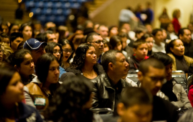 Helping Latinos Plan for College