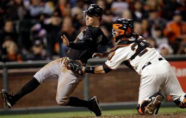 Buster Posey Injured in Giants Loss