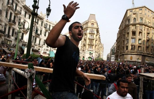 In Cairo, Al-Jazeera Finds Itself in Line of Fire