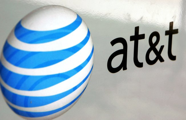 AT&T Wireless Customers Report Network Problems