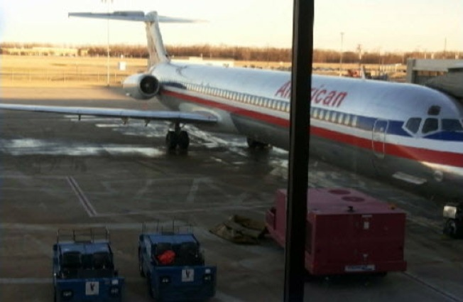 American Airlines Flight Makes Emergency Landing After Bathroom Pipe Bursts