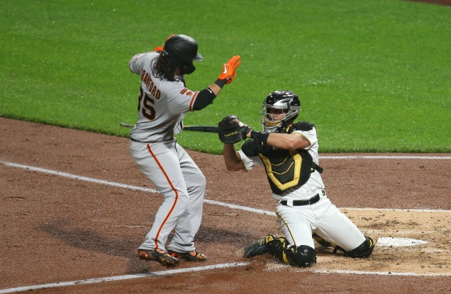 Different Opponent, Same Story for Slow-starting Giants Lineup