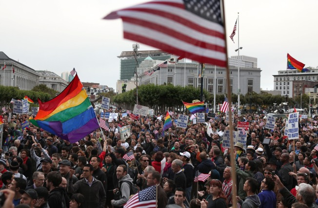 Kamala Harris Vows to Abandon Prop 8