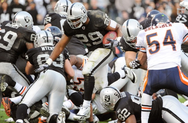 Raiders' Running Game Has Hit a Wall