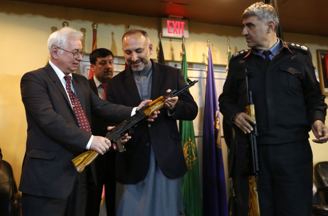 Russia Sends 10,000 AK-47s to Afghan Government