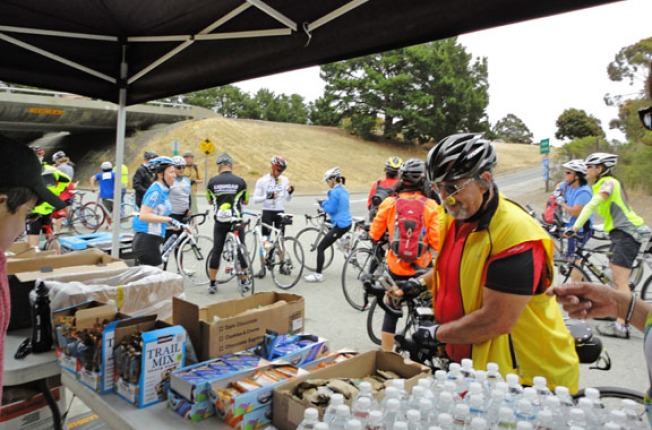 Volunteer for Tour de Peninsula!
