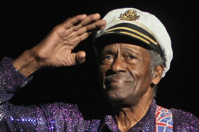 Chuck Berry Falls Ill at Chicago Show