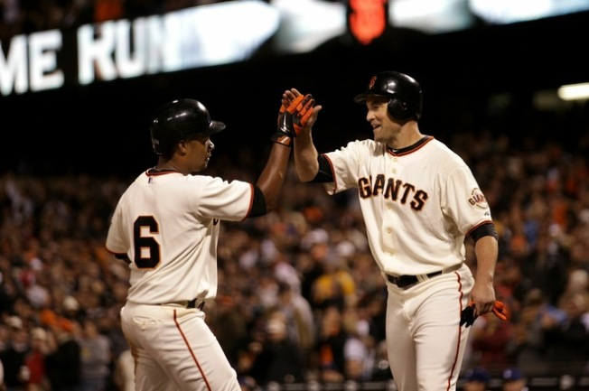 Giants Take Division Lead