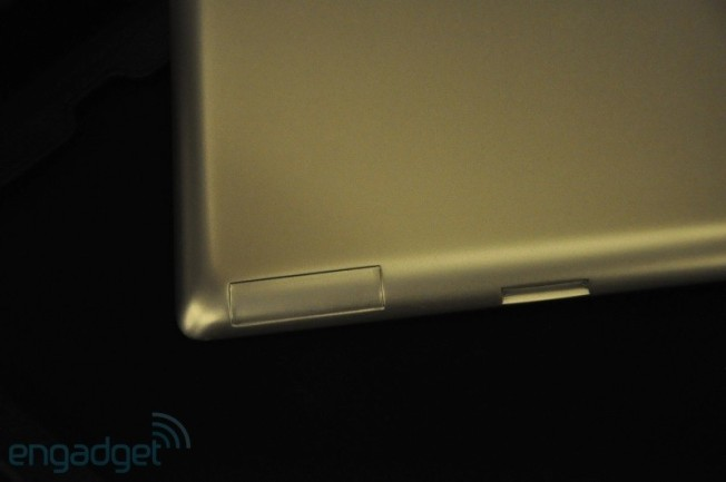 iPad 2 Case Spotted at CES