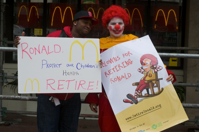 San Francisco Explores Taxing Trashy Fast-Food