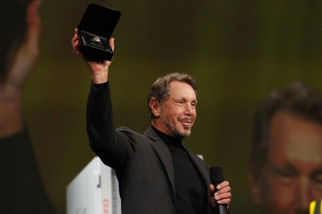 Oracle Is Doing Battle With the Cloud