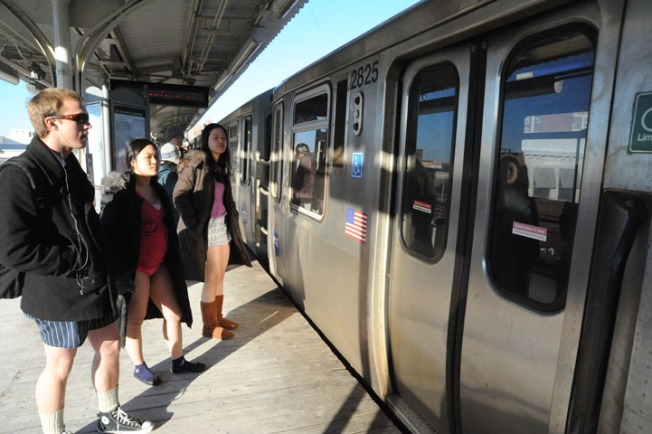 No Pants BART Ride This Sunday