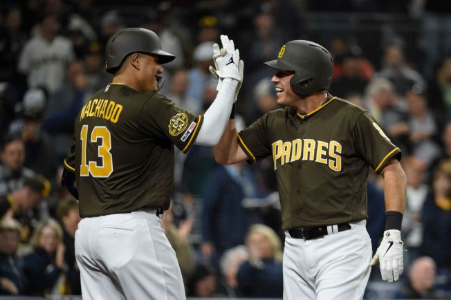Machado Gets First 2 Hits With Padres in 4-1 Win Over Giants