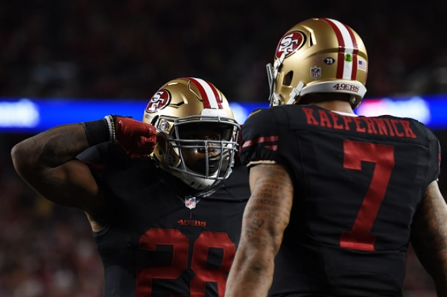 Carlos Hyde Leads 49ers to Opening Victory