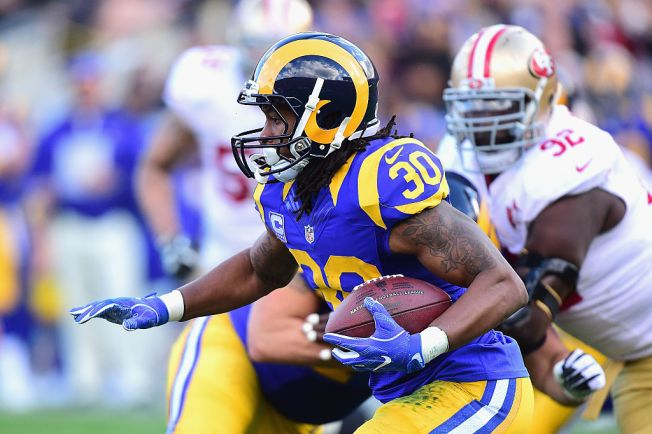 Niners Score Late to Beat Rams Again