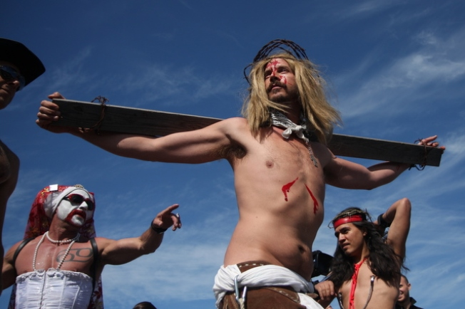 Hunky Jesus Pageant Returns