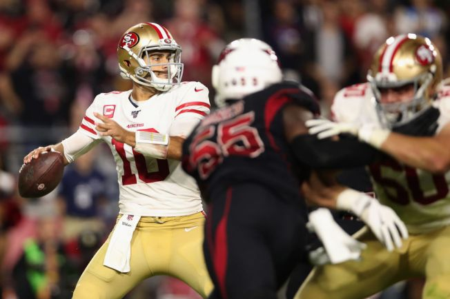 Garoppolo Needed a Big Night to Help 49ers Stay Undefeated