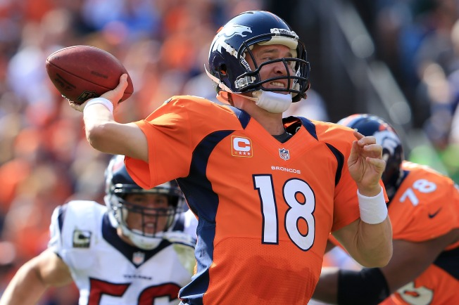 Broncos' Manning Gives Raiders Something to Worry About