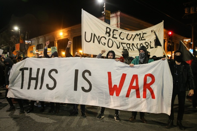 UC Berkeley Police Under Fire for 'Hands-Off' Response to Violent Anti-Milo Yiannopoulos Protest