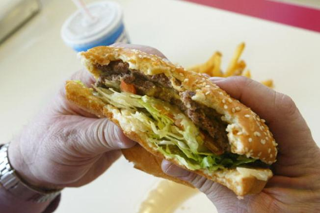 Fast Food Workers Tell Us What We Should Never Order at Their Restaurant