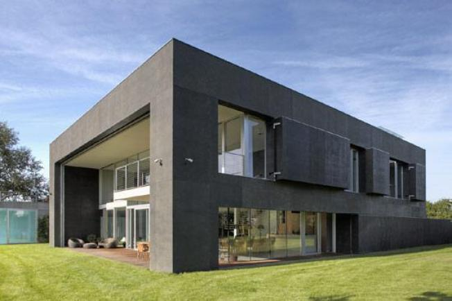 This House Transforms, Repels Zombies