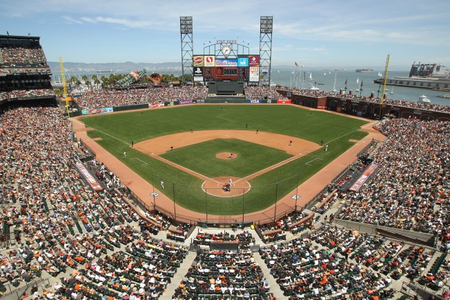 Giants vs Padres Live Coverage