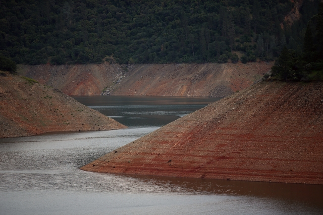 Despite wet year, California Governor calls for continued water conservation