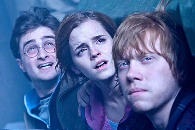 """Harry Potter"" Breaks ""Dark Knight"" Box Office Record"