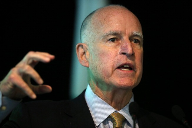 California Lawmakers, Governor Jerry Brown Get a Raise